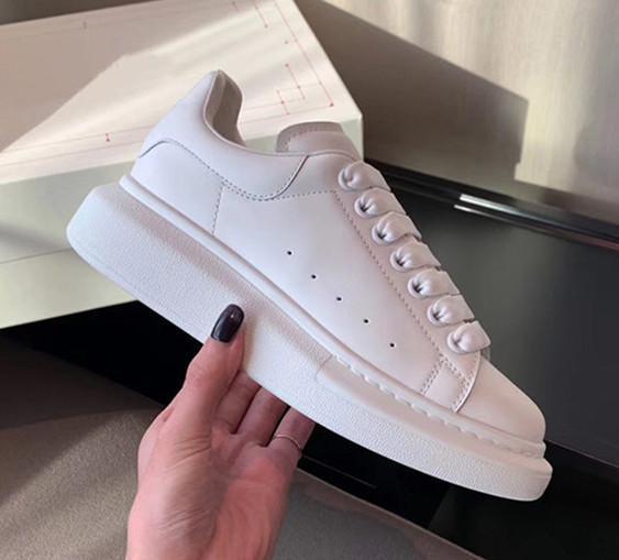 2020 Klasik! Üst Kalite Tasarımcı Günlük Ayakkabılar Gerçek Deri Sneakers Lüks Erkek Kadın Moda Trainer Beyaz Deri Düz Chaussures hava