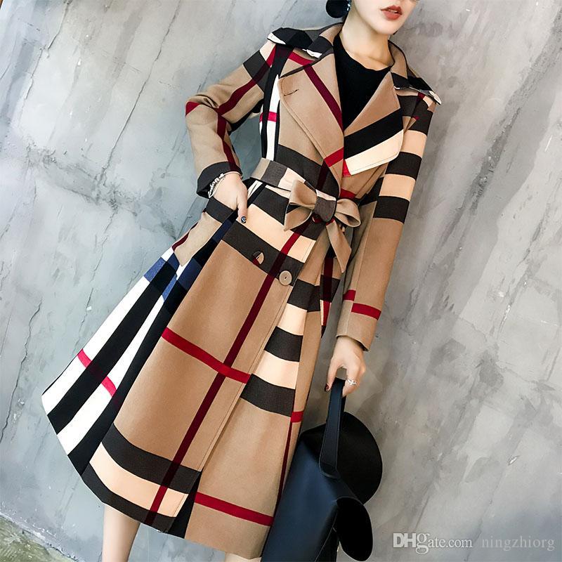 la solapa de los nuevos otoño e invierno las mujeres en la simple coincidencia de colores retro chaqueta temperamento abrigo de gabardina párrafo largo