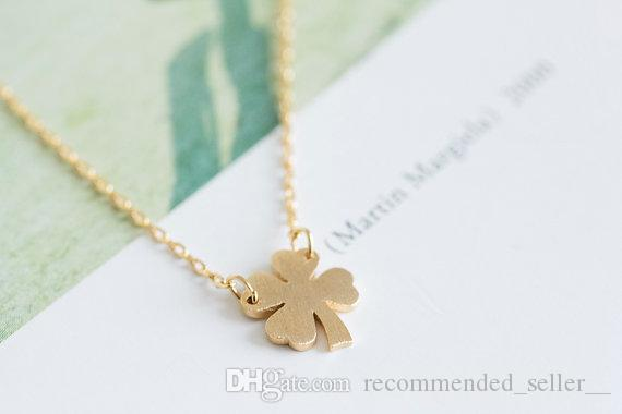 1 Lucky amulet Four Leaf Clover Necklace Lucky Clover Plant flower grass Necklaces Simple Shamrock Necklaces for Good Luck Birthday Gifts