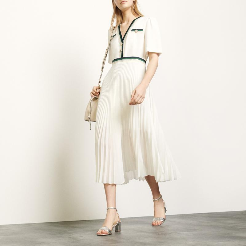 2020 Court Printemps Eté manches col V bleu / blanc contraste couleur lambrissé Robe plissée mi-mollet Femmes Mode Robes W1815008
