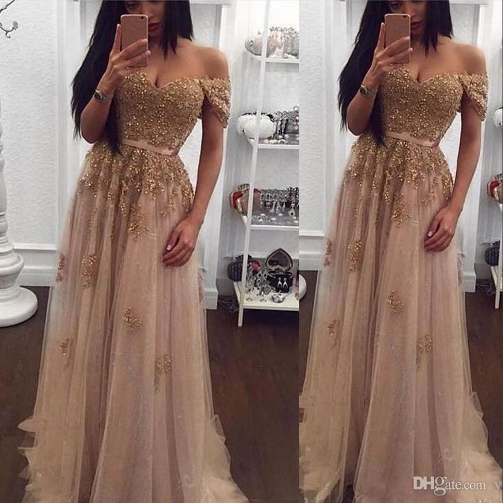 großhandel abendkleider tragen preiswerte neue off schulter goldspitze  appliques wulstige champagner tüll kurzen Ärmeln lange partei kleid
