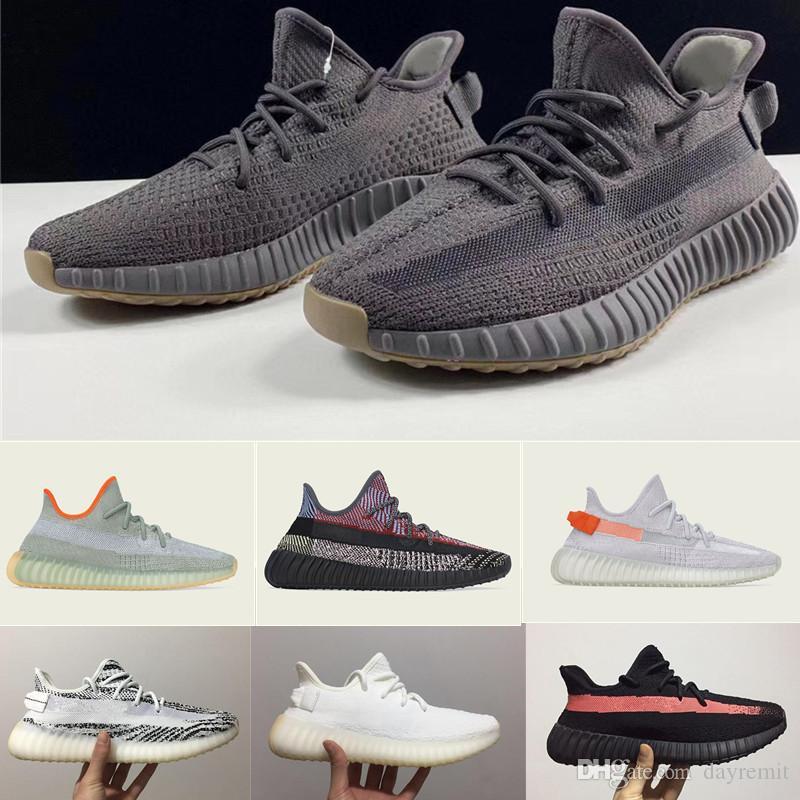 2020 مصمم الأحذية كاني ويست جمرة ضوء الذيل حمار وحشي V2 تشغيل أحذية Yecheil الأسود ثابتة تعكس الرجال النساء الأحذية مصمم أحذية رياضية