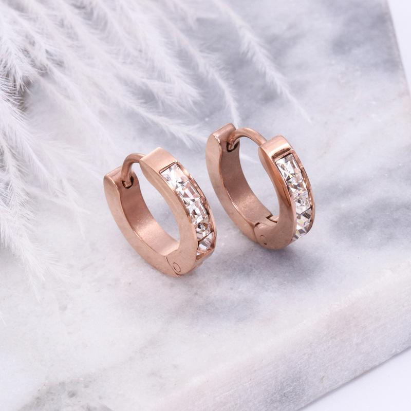 mode chaud gros- a une lettre demi-cercle boucles d'oreille de diamant must-have must-have des filles simples boucles d'oreilles avec les boucles d'oreilles