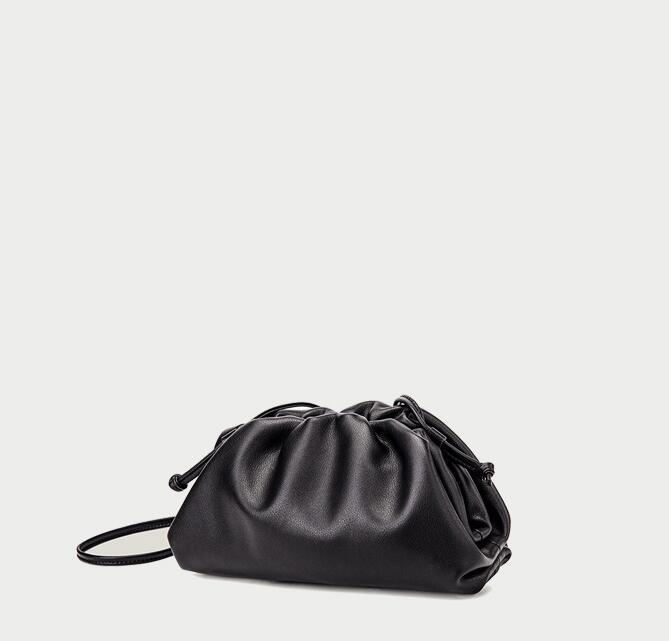 2020 Véritable Top qualité Desinger la poche souple en cuir vachette dames Petit sac à main de mode d'embrayage femmes sac à bandoulière Nuage