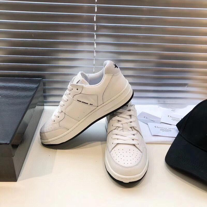 Los diseñadores de lujo de las mujeres zapatos casuales zapatos de cuero ocasionales ocasional de las mujeres de lujo de zapatos para mujer de las zapatillas de deporte de los diseñadores de moda formadores zapatillas de deporte