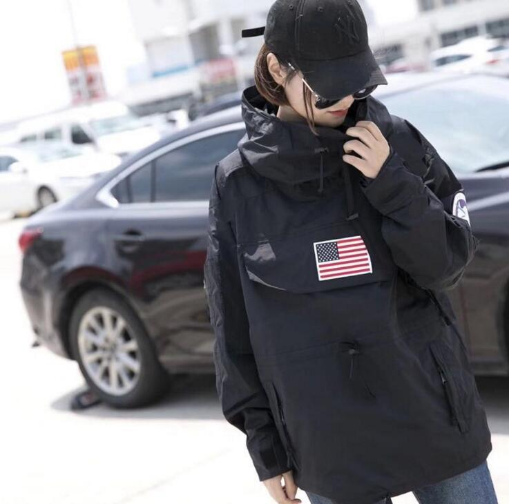 Del progettista di marca-2019 di lusso delle donne Capispalla vestiti US Flag Stampa manica lunga invernale Giacca a vento 4 colori Mens Coat