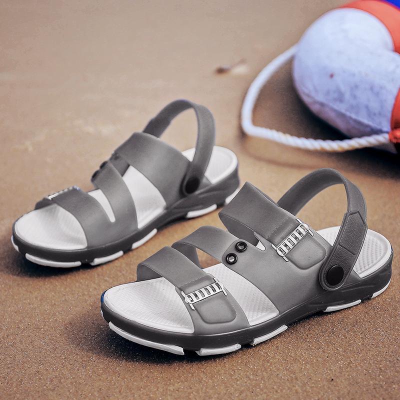 Ücretsiz kargo yeni lüks terlik tasarımcı çevirme G erkek nedensel erkekler için Yüksek kaliteli eğlence sandalet Yaz açık plaj sandalet