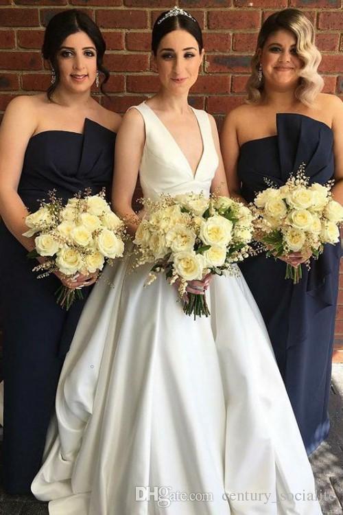 Einfache Satin Brautkleider 2019 Sweep Zug Open Back Sexy Brautkleider Ärmellos V-ausschnitt Angepasst Lange Vestidos de novia