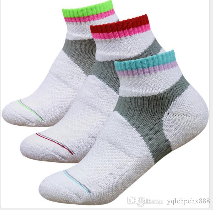 الريشة جوارب الأطفال سميكة منشفة القاع قصيرة اسطوانة الرياضة الجوارب للرجال الصوفية قارب الجوارب الصرفة القطن الصيف تنس الطاولة Basketb