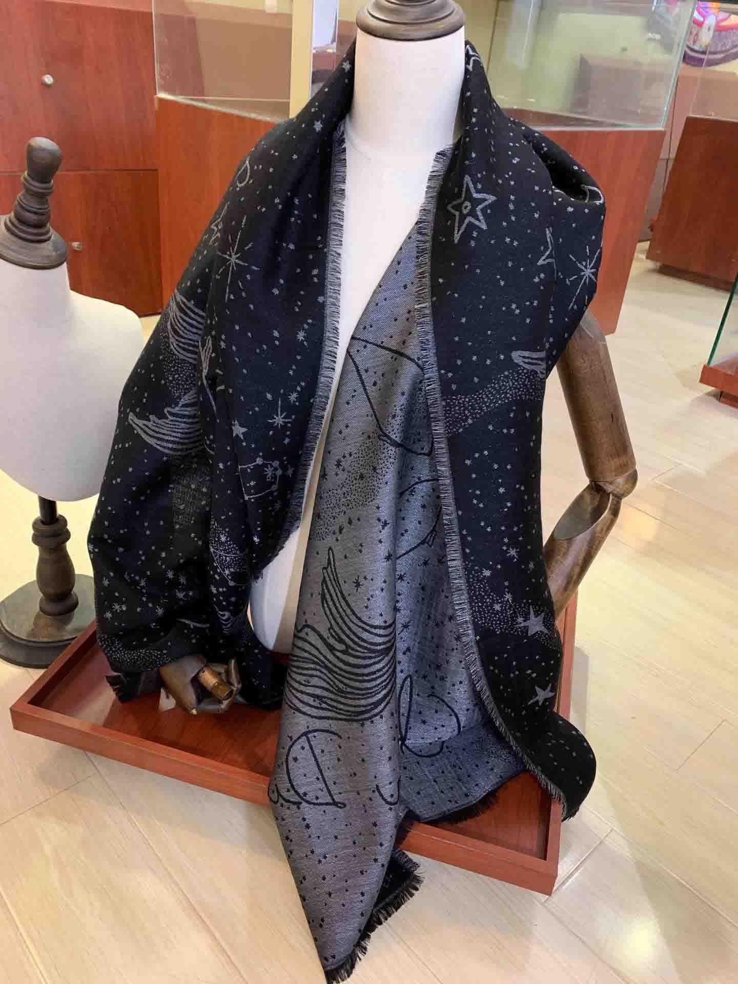 CashMere Gold and Silver Silk Simple Bufanda Simple Tamaño 200 * 70 cm La bufanda Envío gratuito sin cajas puede ser al por mayor