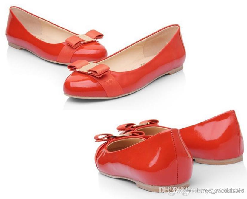 Hot vente les plus récents femmes Flats Chaussures de marque Véritable ballet en cuir femme Bow Tie Designer Flats Ladies Zapatos Mujer Sapato Feminino