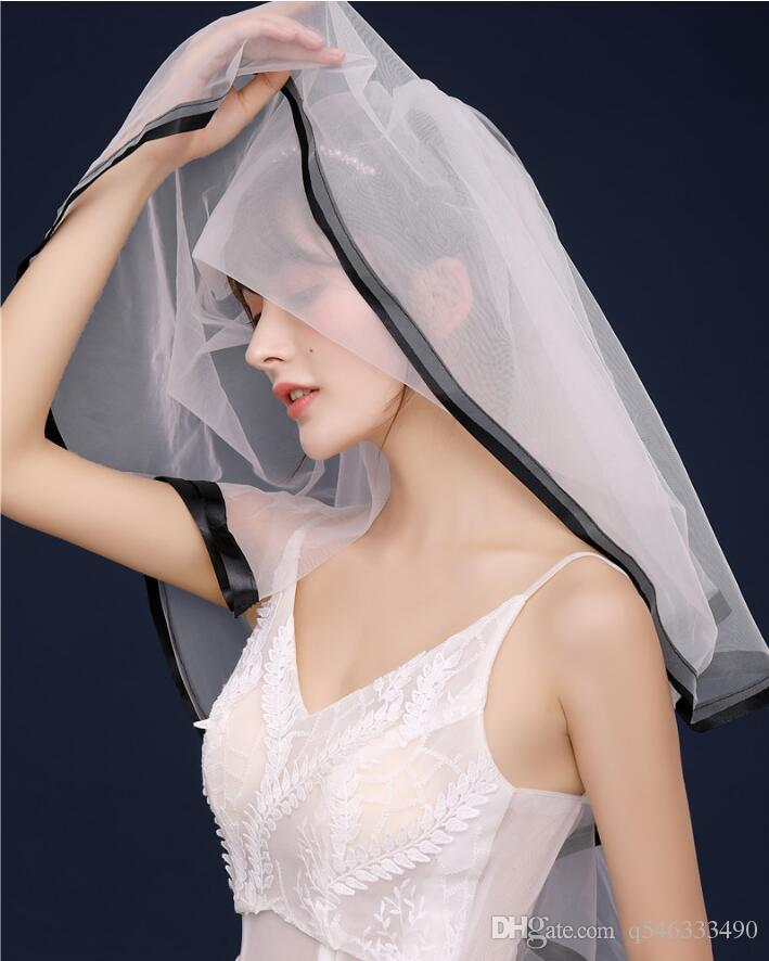 New black-rimmed Swiss soft yarn double-layer short veil with hair comb can cover the bride veil shape travel