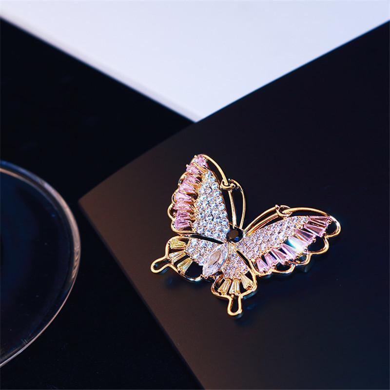 جديد الذهب الكورية 18K مطلي الزركون الفاخرة فراشة بروش حساسة الجزئي مجموعة الزركون النساء بروش وشاح مشبك عارضة طرف دبوس المجوهرات