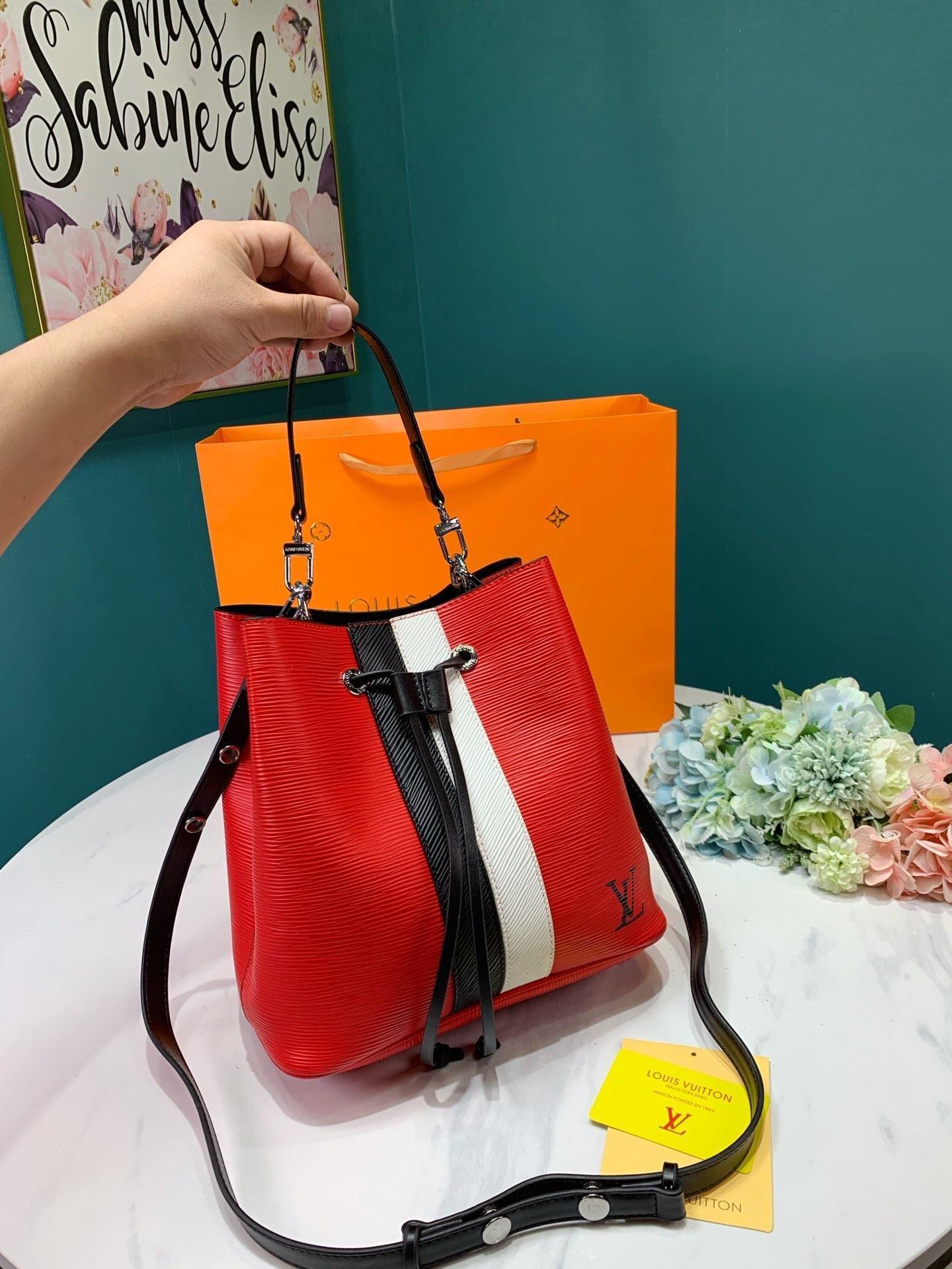 Weibliche Tasche Fashion Damen Messenger Bags Günstige Haspe Strandtaschen Kleine Schultertaschen Frauen Umhängetasche Beutel für Markenhandtaschen-Kasten-Paket
