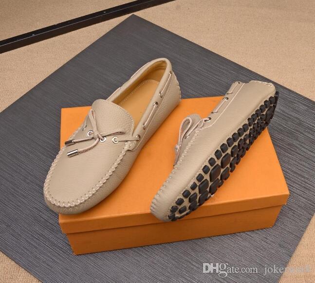 Uomini all'ingrosso di moda Wome di lusso di marca Red Bottom Mens Designer Sneakers Moda Low Casual Flat Outdoor Zapatillas Driving Shoes Man