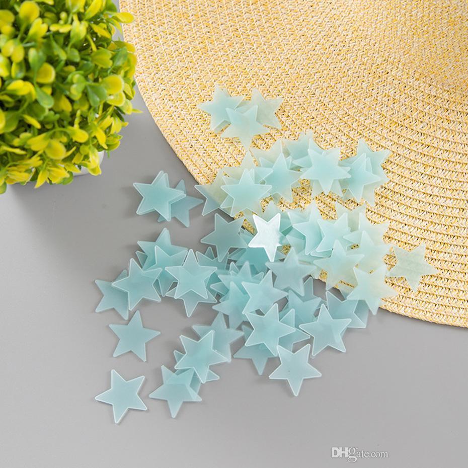 100 Pcs / ensemble lumineux étoiles Stickers Muraux, la maison Lueur Dans Le Foncé Étoiles Pour Enfants Chambre De Bébé, DIY Mur Art Décor À La Maison Autocollant