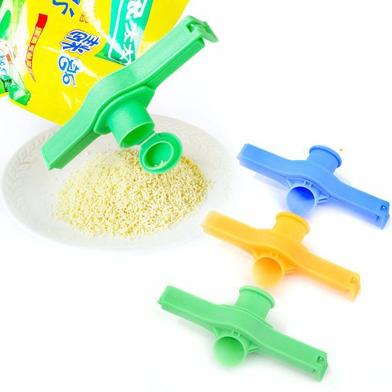 Creative Reuseable Bag Clip Snack Fresh Food Storage Sealing Kitchen Mini Vacuum Sealer Food Clip With A Cap Type Spray Bico