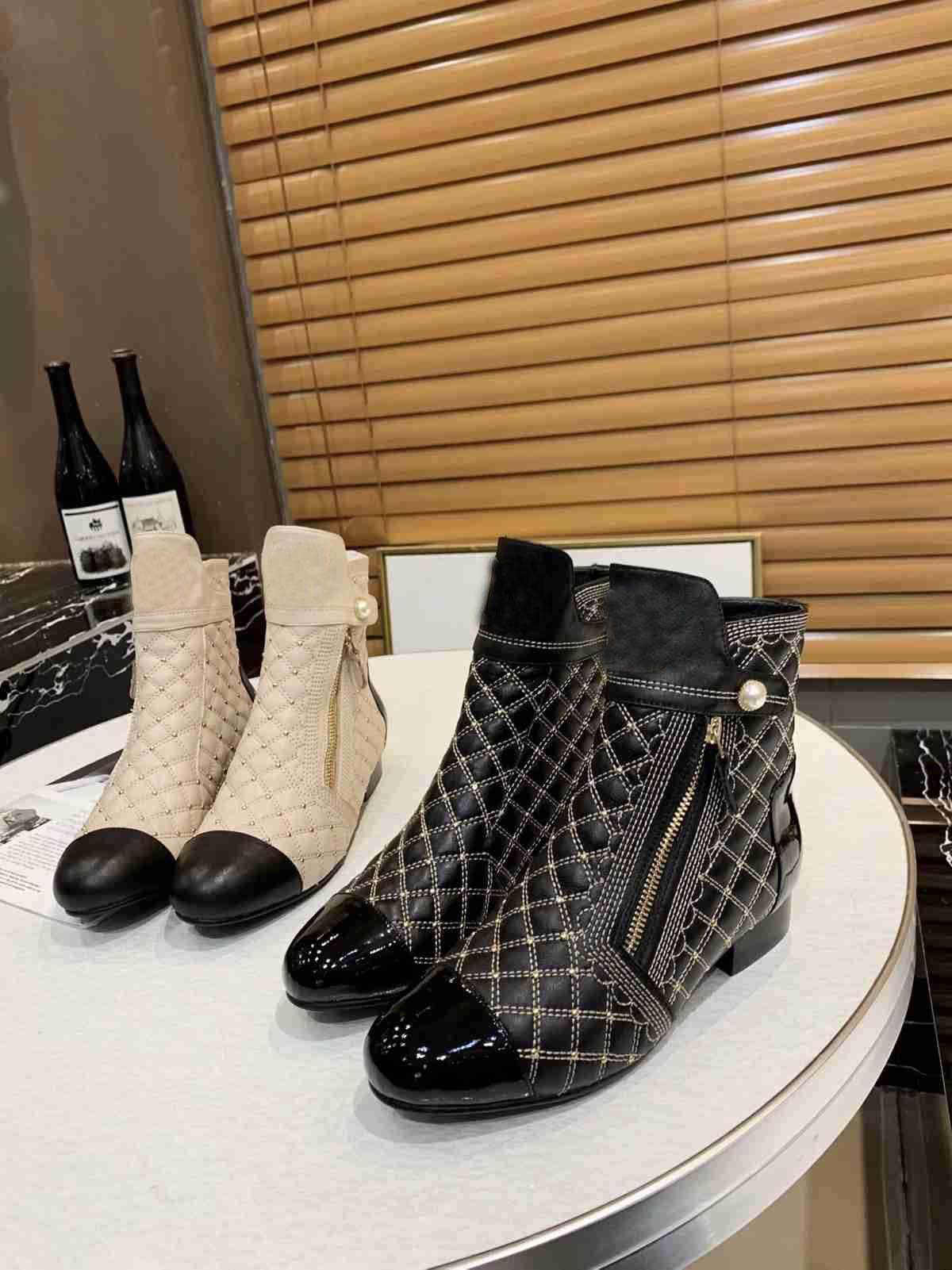 Mode für Frauen reale Stiefel Winter-echtes Leder-Plattform-Dame-Absatz-Freizeitschuhe Booties Freies Verschiffen für weibliche