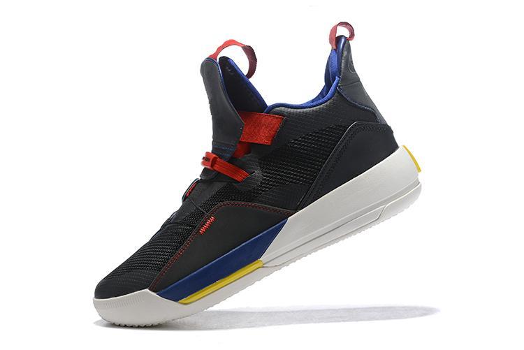 Jumpman 33 XXXIII Futuro do Vôo Homem Tênis De Basquete 33 s Branco Metálico Ouro Cinza Preto Sapatos de Segurança homens sapatos casuais Tamanho 40-46