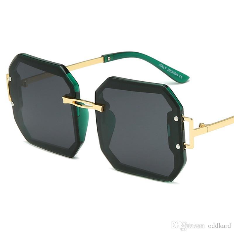 أزياء ساحة نظارات الشمس السيدات 2019 إطار معدني بدون شفة نظارات شمسية النساء الرجال التدرج هلالية دي سولي