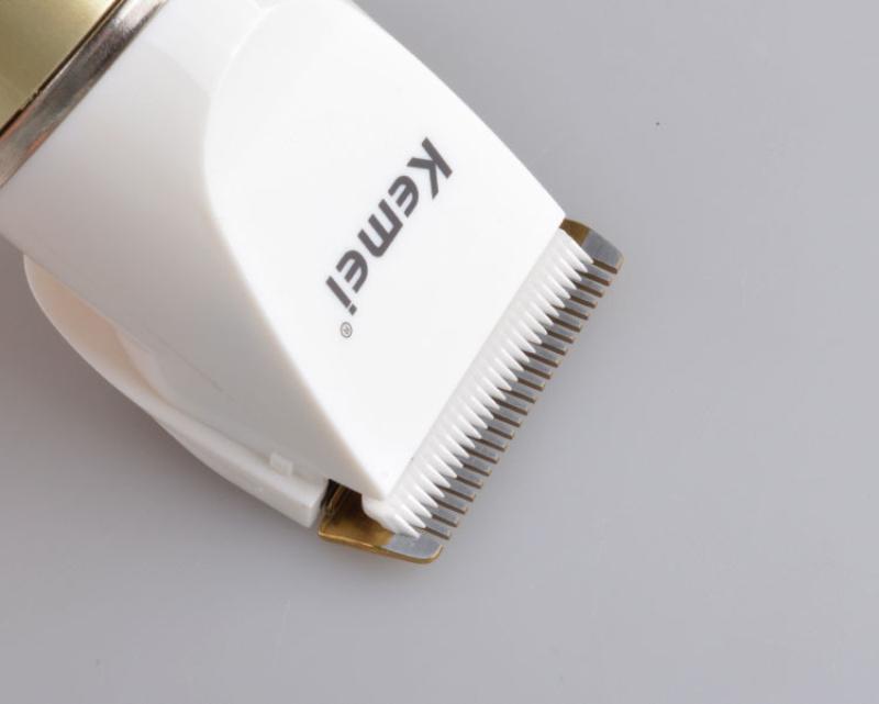 Kemei 1.817 profesionales de las podadoras de pelo del condensador de ajuste eléctrico del pelo Hombres pelo recargable condensadores de ajuste faciales para damas casecustom ncIDE
