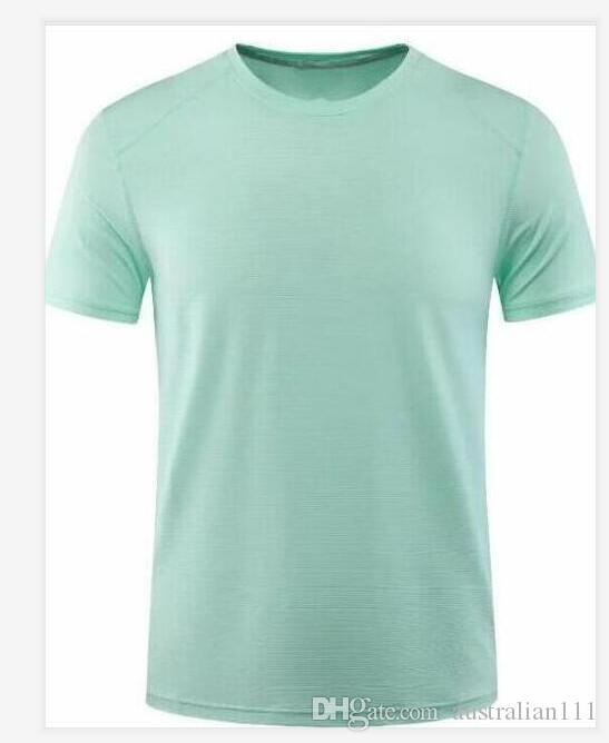 18 el color verde de diseño bonito diseño hombres ocasionales de los deportes camiseta de la manera ocasional de las mujeres de manga corta a la venta