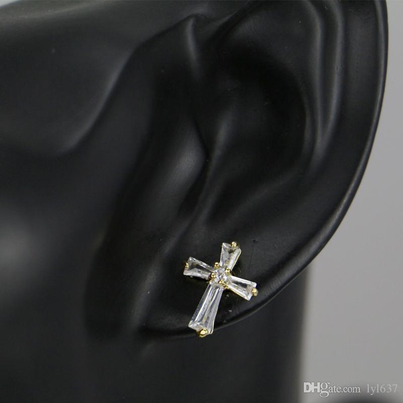Creativo micro-intarsio zircone croce orecchini uomini gioielli hip hop gioielli geometrici rame placcato oro semplici orecchini accessori all'ingrosso