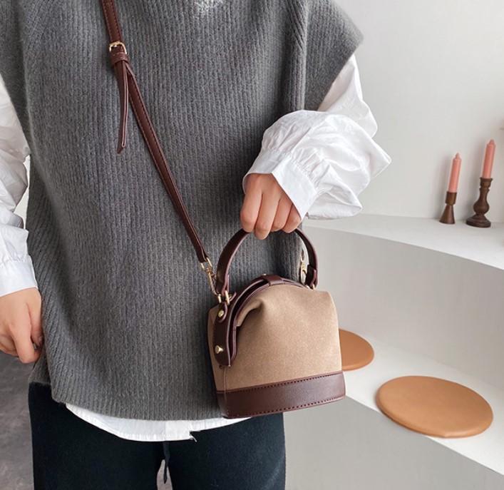 Diseñador de las mujeres de hombro Totes lujo temperamento Scrub Bucket el cerrojo mini bolso nuevo estilo Lady Citas Bucket el