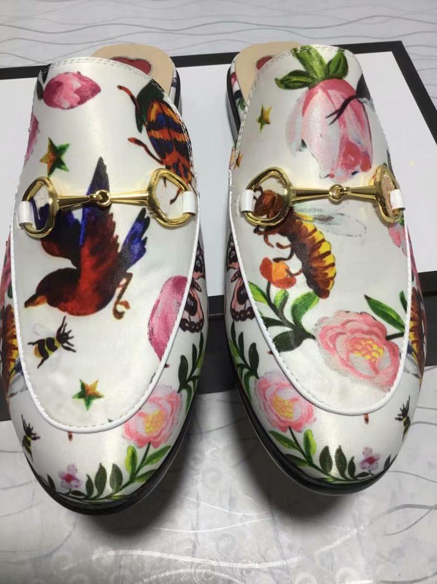 lüks 423.513 Princetown Tasarımcı Erkek ve kadın terlik Klasik kaygan Metal toka plaj terlik yumuşak ayakkabılar