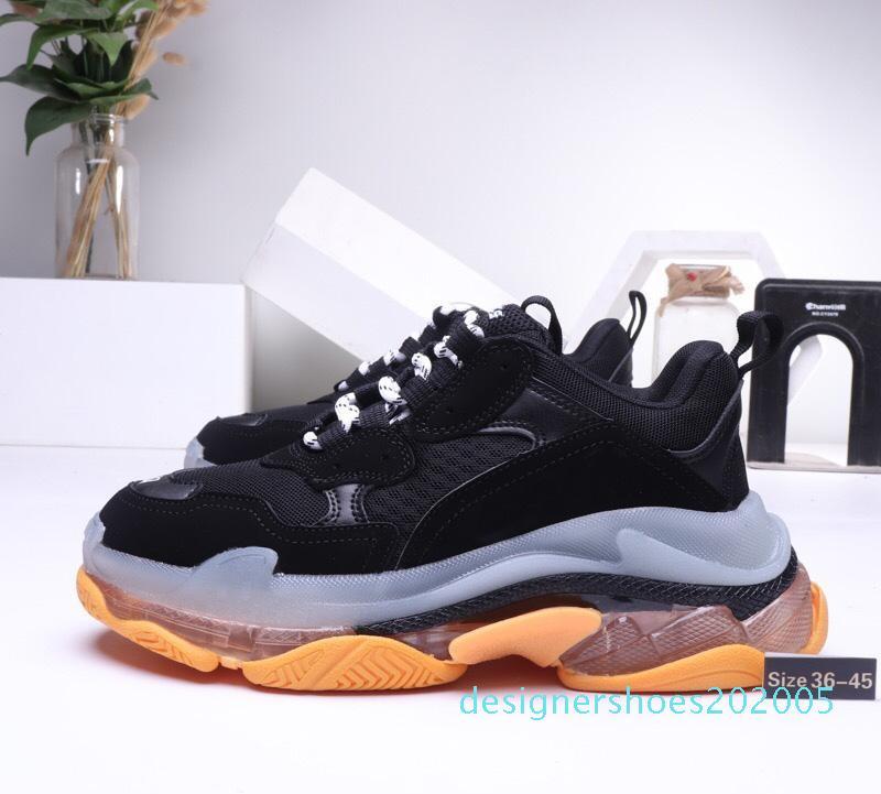 2020 Nuevo papá 17FW Triple Triple-S para hombre s zapatilla de deporte Moda Vintage viejo abuelo Formadores negro roja blanca del diseñador para mujer para hombre de los zapatos ocasionales AD05