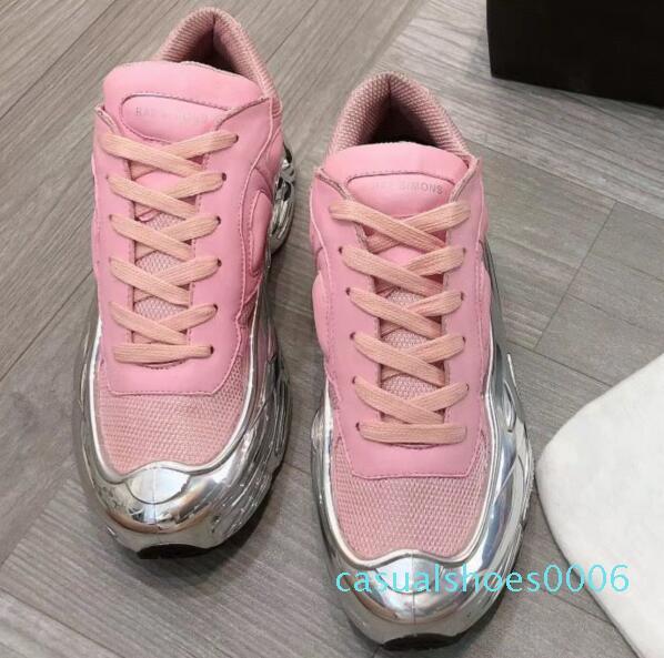 Дизайнерские кроссовки Raf Simons негабаритные кроссовки Ozweego Shoe мужчины женщины роскошные дизайнерские туфли в серебристом металлическом эффекте подошва спортивный тренер c06
