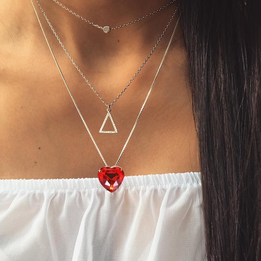 Herz-Kristall-Halskette für Frauen-Liebes-Halskette Diamant-Rubin Dreieck-mehrschichtiger Halskette
