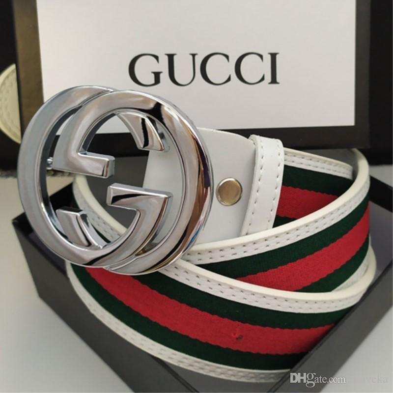2020 Cinturón de los diseñadores para hombre Cinturones diseñadores de la correa de la serpiente de la correa de cuero del negocio de lujo Cinturones para mujer grande hebilla de oro c10