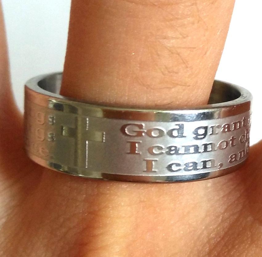 """30pcs grabado oración de la serenidad """"Dios Grant yo ... de acero inoxidable anillos cruzados Lotes de joyas Religión"""