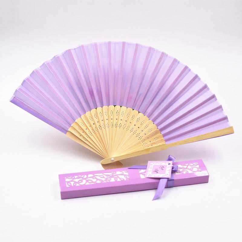 I fan seta ventilatore di seta Moda piegatura a mano di ballo della festa nuziale di Fold Fan Fan solido colore del regalo del contenitore di carta di pacchetto della novità GGA2581