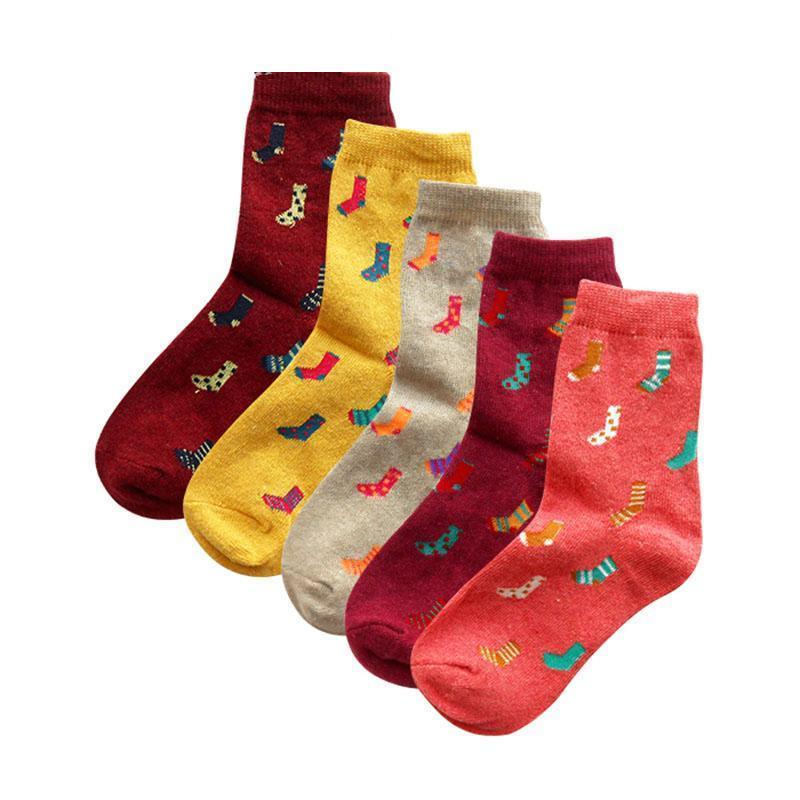 2020 Women Socks Nice Autumn Winter Pop Fashion Cartoon Pattern Series  Ladies Trend Harajuku Literary Wool Blend Socks From Brittany72, $46.69 |  DHgate.Com