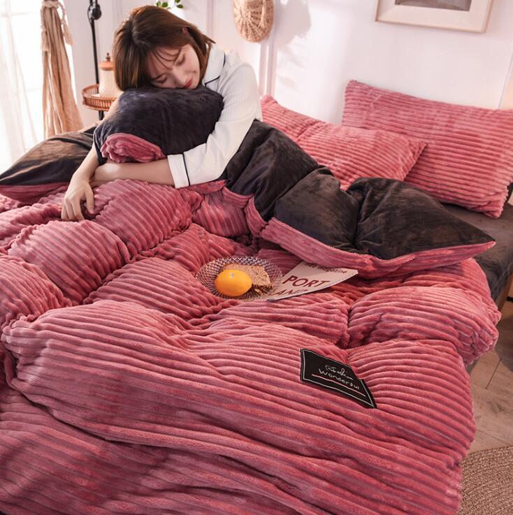 İki tarafı Polar Kumaş Kalınlaşmak Yatak Takım Elbise Nevresim 4 Resimler Nevresim Yüksek Kaliteli Yatak Yatak Ev Tekstili ayarlar