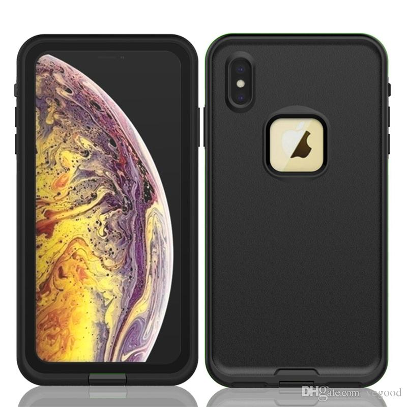 For iPhone XR iPhone7,8 iPhone XS max CASE comes with a waterproof dust-resistant diving case