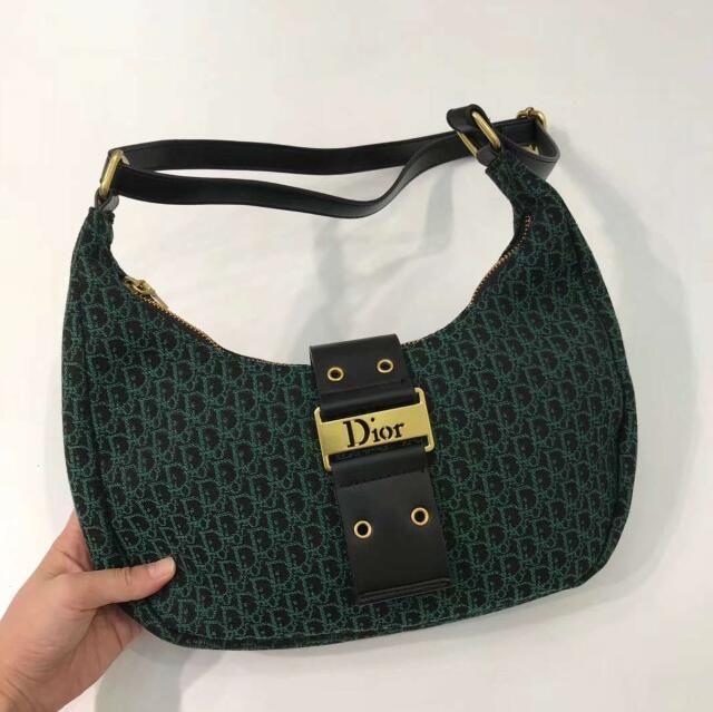 Tasarımcı sırt çantası Avrupa ve Amerikan tarzı kadın yeni deri çantalar moda kadın çanta yüz Kulesi çanta siyah
