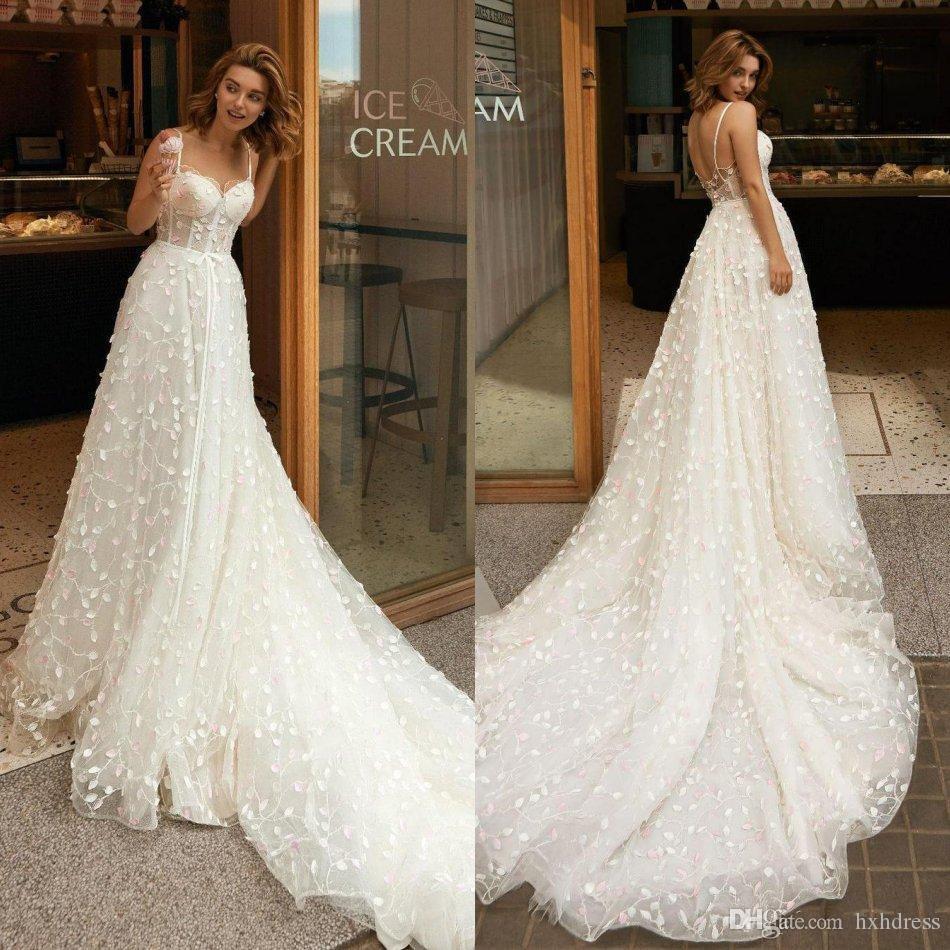 2020 Riki Dalal Boho vestidos de novia una línea de barrido tren vestido de novia de encaje apliques espaguetis playa artificial sin respaldo barato Vestidos de novia personalizado