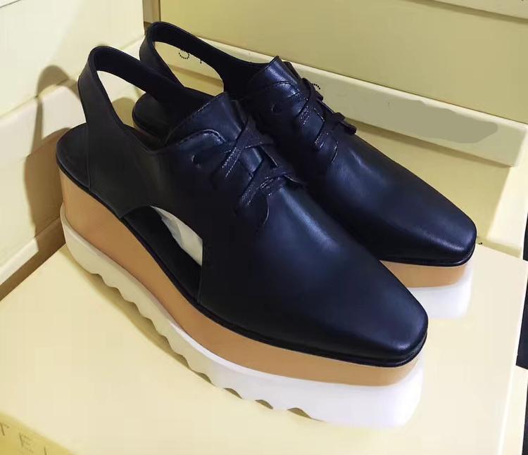 Горячая распродажа-маккартни оксфорды обувь женская дышащая обувь на плоской подошве сандалии гладиатор кожа рианна лианы обувь с оригинальной коробке v6