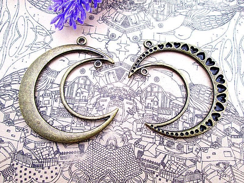 15pcs-Huge Moon charms, Antique bronze moon Pendants/charms 52x45mm