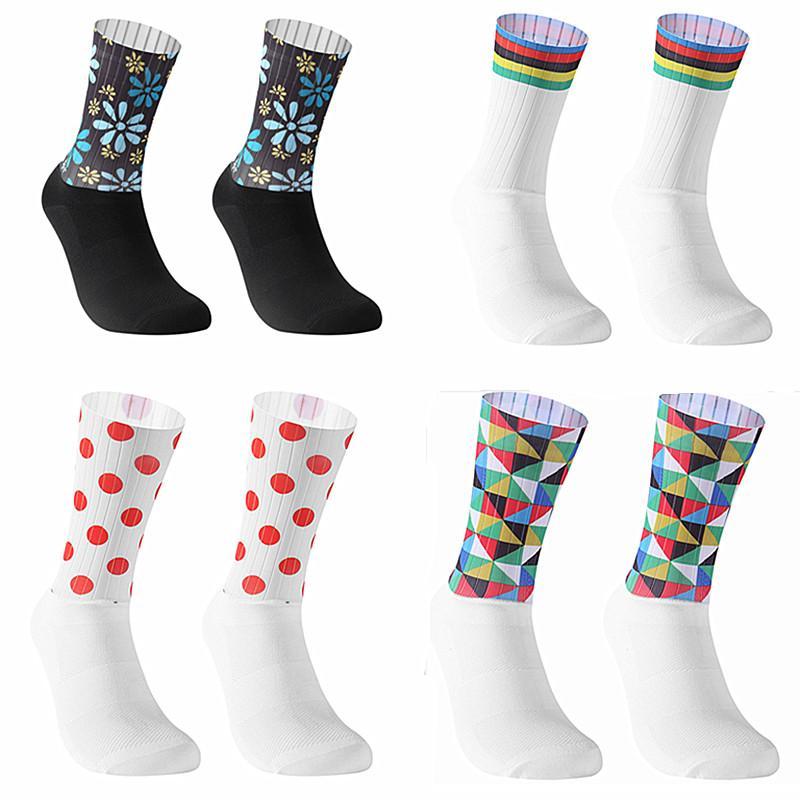 Nuevo Anti Slip sin costuras Calcetines Moldeado Integral de alta tecnología de la bici media de compresión de bicicletas Outdoor Running calcetines de deporte