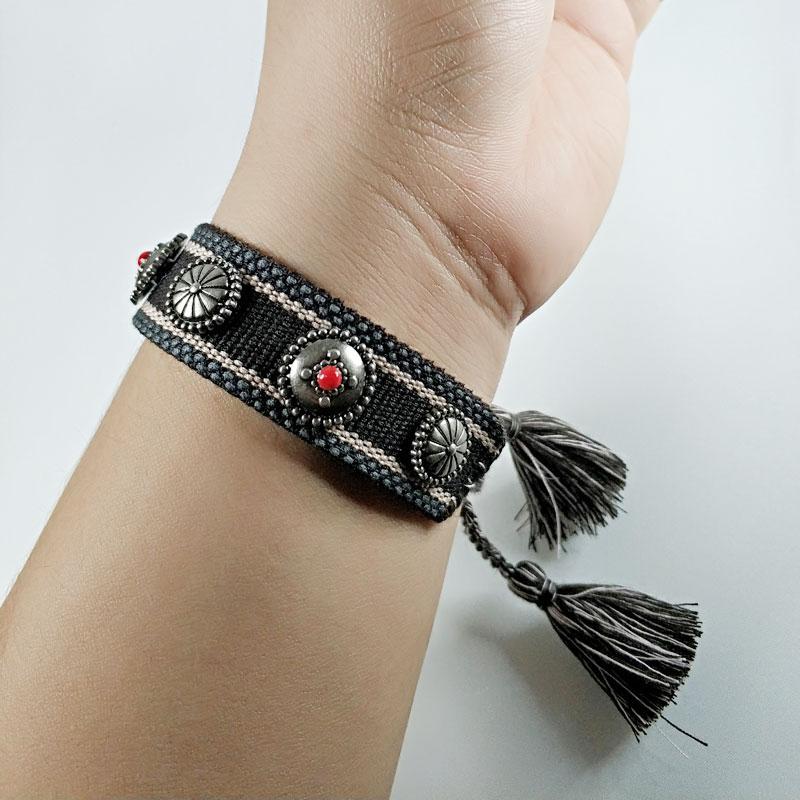 2020 Нового хлопчатобумажного письмо вышивка кисточка браслет Шнуровка браслета регулируемого фестиваль браслеты Марк Дизайнер jewelr