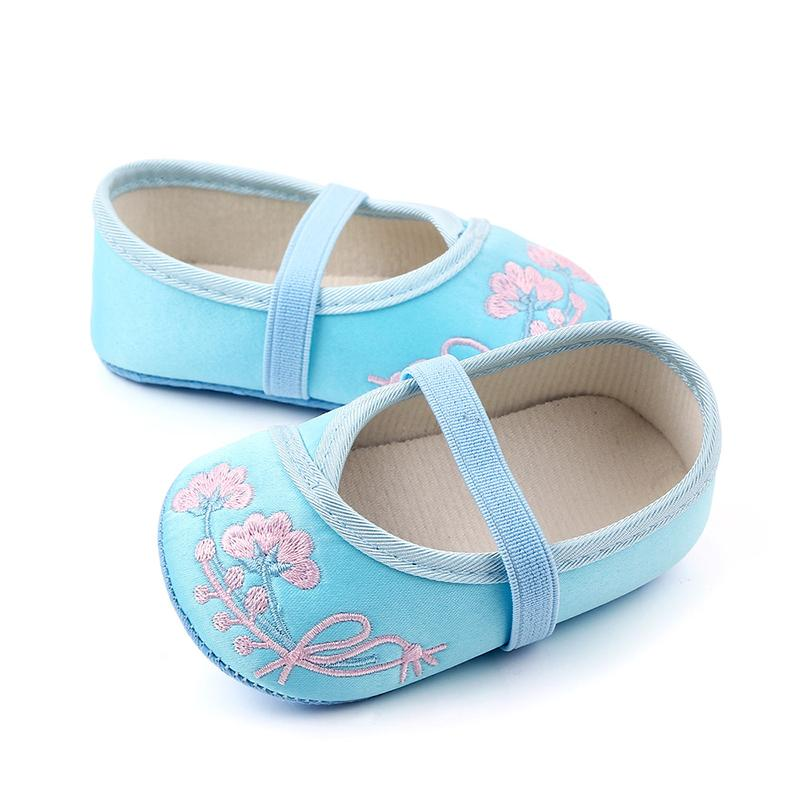 Baby Girls Shoes Sandals Embroidered Design Anti-Slip Toddler Shoes Baby Schoenen Soft Soled Casual Walking Shoe For