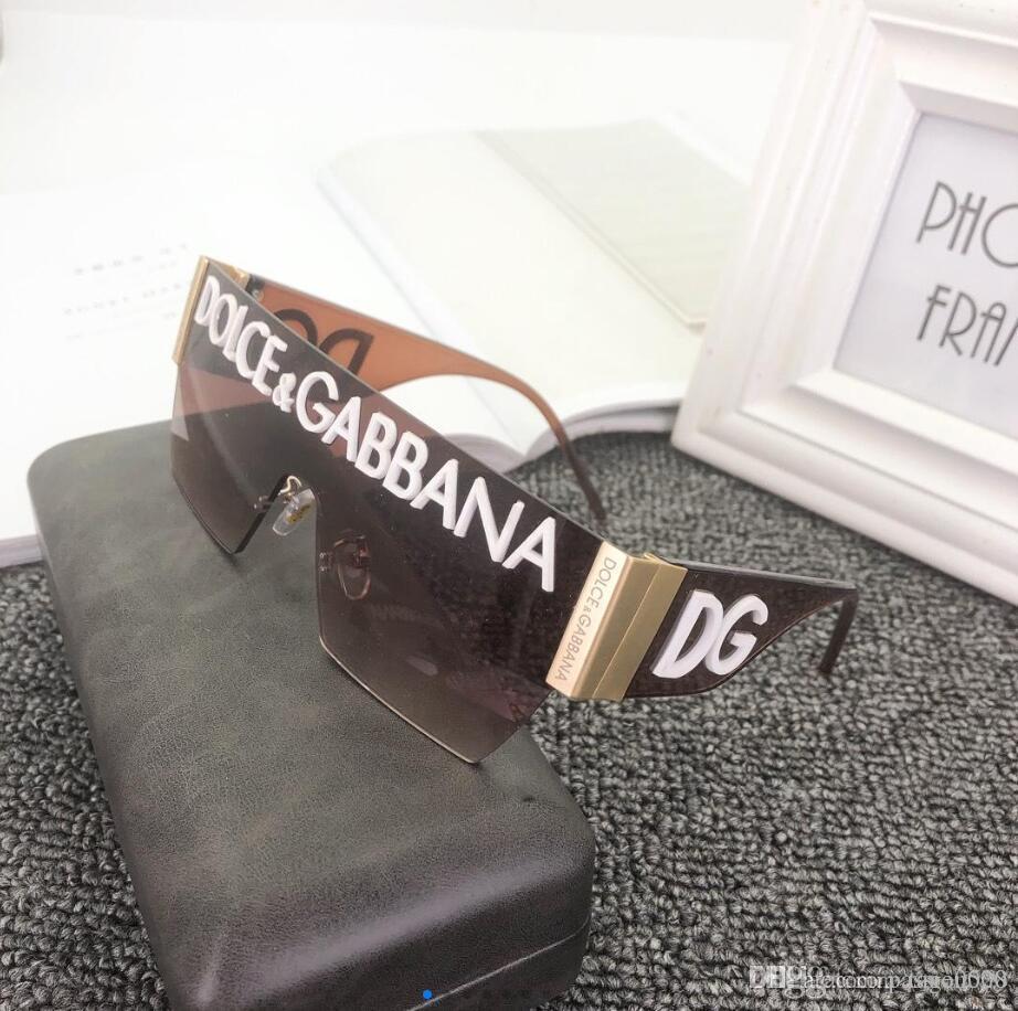 2020 Occhiali da sole rotondi metallici Designers Eyewear Gold Flash obiettivo di vetro per delle donne degli uomini specchio occhiali da sole rotondi sole unisex Glasse 036