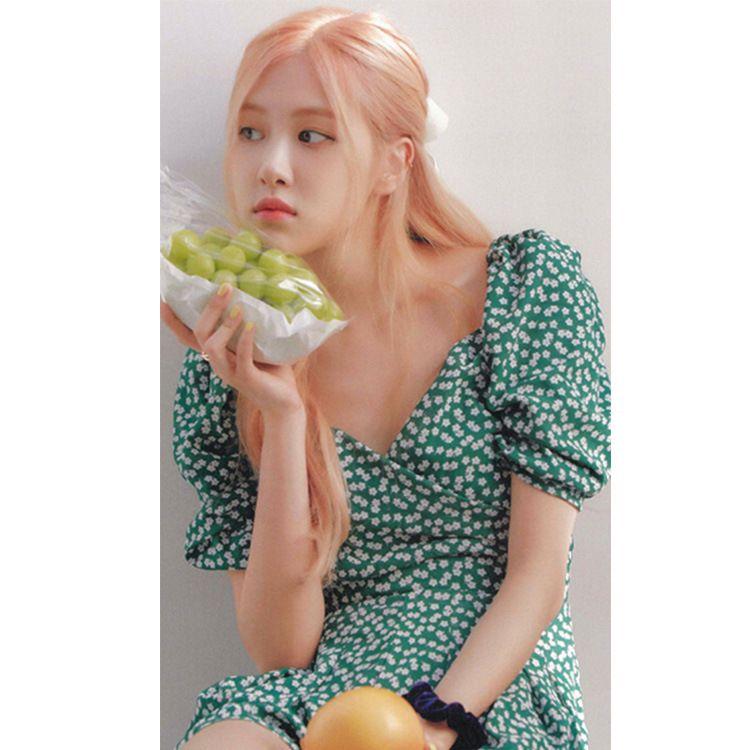 Park Geun-hye's pair of fairy V-neck print bubble sleeves show thin chiffon dress