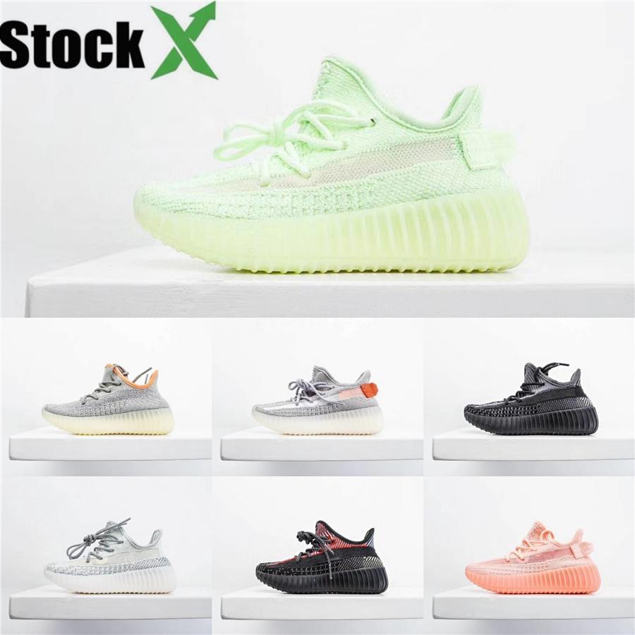 2020 Nuevos niños Kanye West zapatillas deportivas para bebé niños calzado deportivo niños y niñas al aire libre Tenis Instructores Todos cielo estrellado Eakers # 433