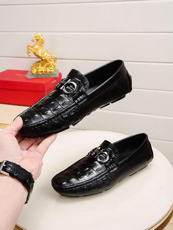 zapatos de frijol de primavera brillante ocasional de los hombres de los holgazanes de suela blanda