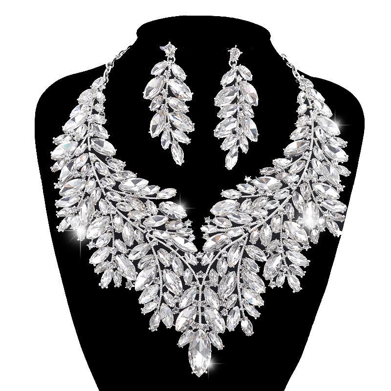 Lussuoso stile Dubai Set di gioielli da sposa Strass Crystal Statement Collana in argento da sposa Imposta il regalo di Natale per le donne J190521